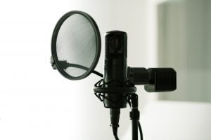 Using a pop filter with a condenser mic